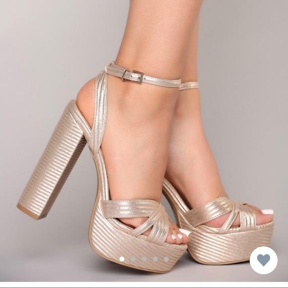 fbe13048001 Rose gold platform heels